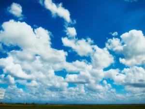 Blue Skies April 2013  4249